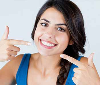 Dr. Ross K. Palioca Wrentham area dentist offers professional teeth whitening solution